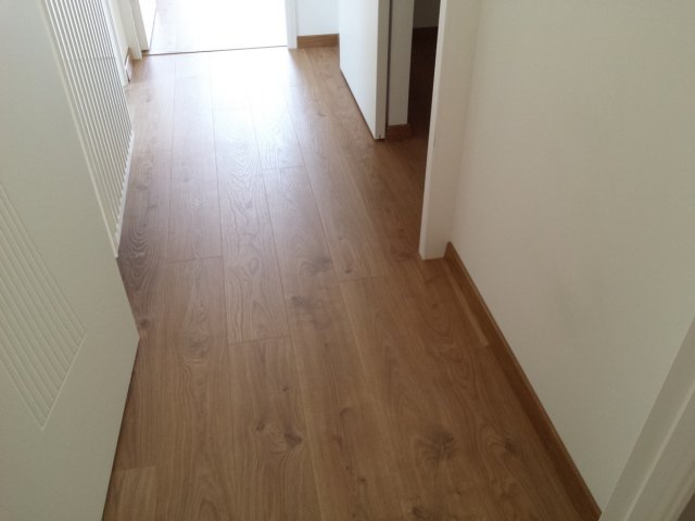 Pose parquet stratifi pose parquet stratifiee with pose for Fissure carrelage plancher chauffant