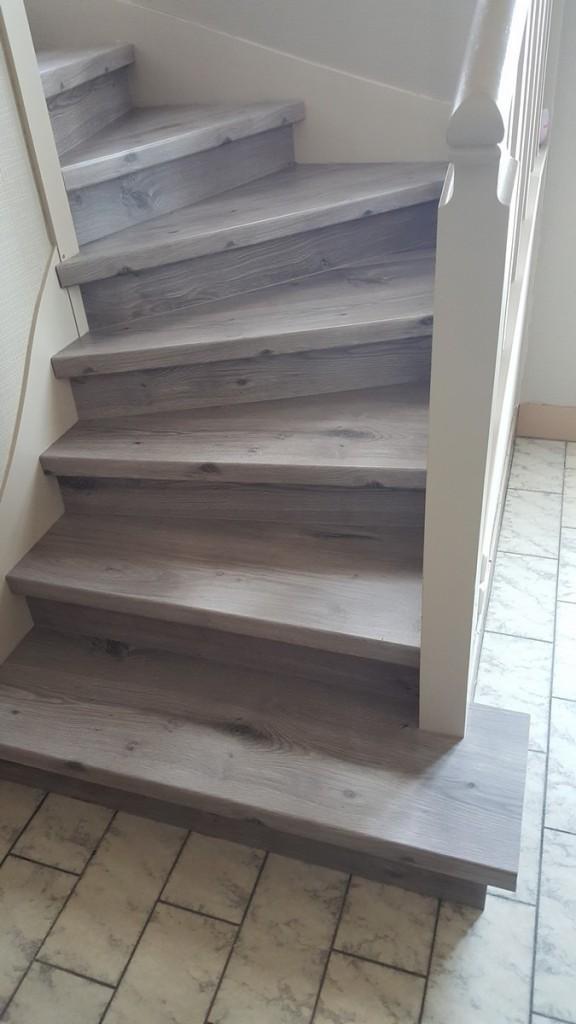 Escalier rénové en stratifié (4)