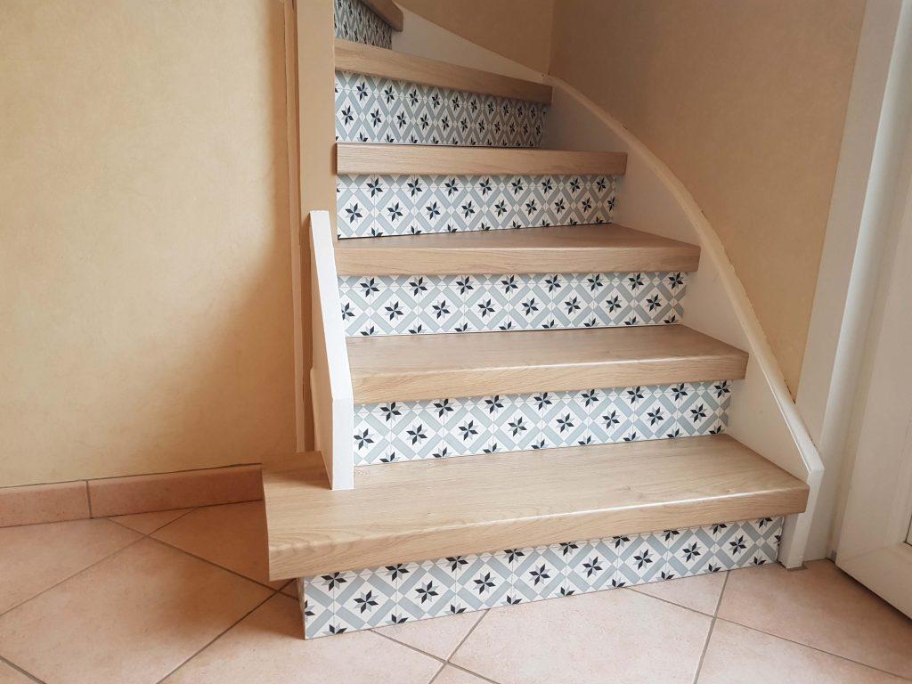 Escalier chêne avec contremarche imitation carreau de ciment